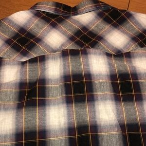 American Eagle Outfitters Shirts - NWOT Gray & Purple Pearl Snap AMERICAN EAGLE Shirt